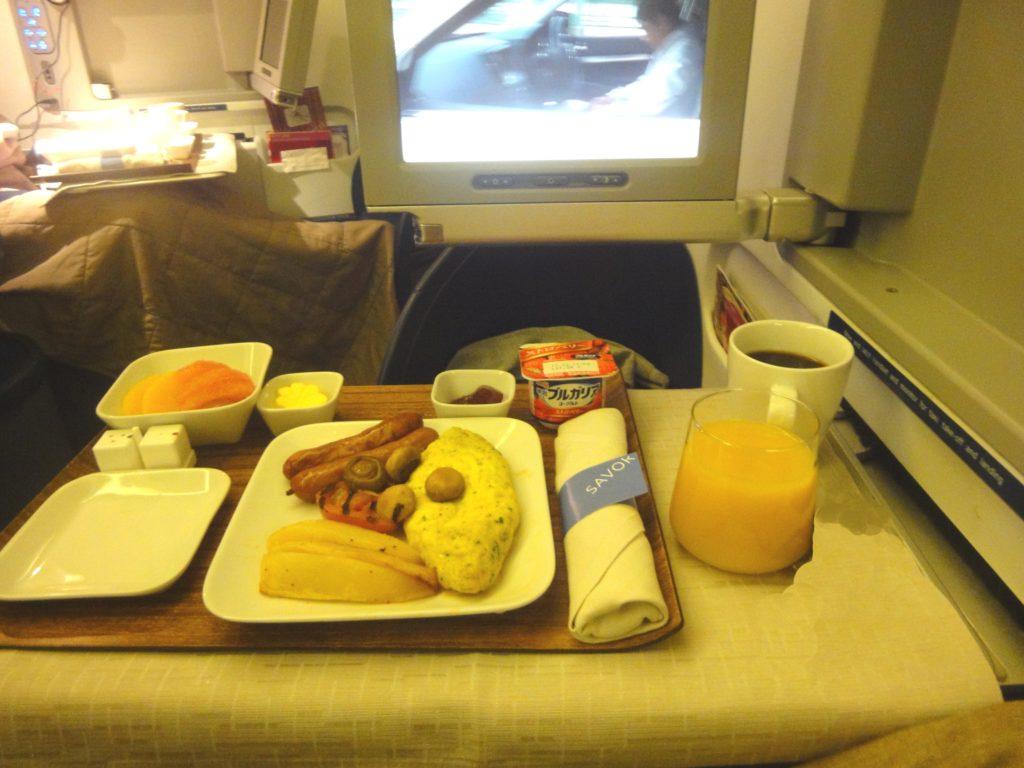 デルタ航空 ビジネスクラスの朝食
