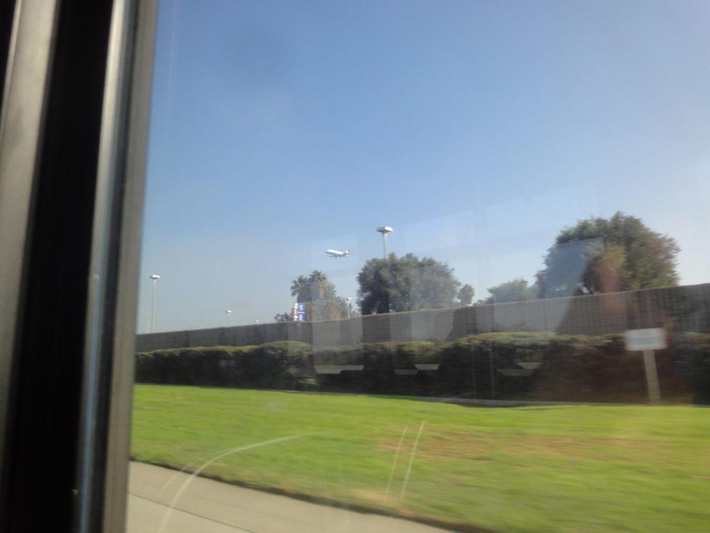 ビッグブルーバスの窓からの景色