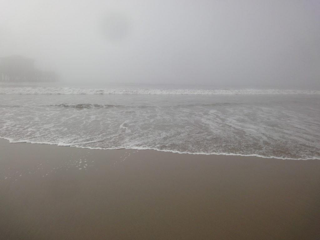 サンタモニカの海