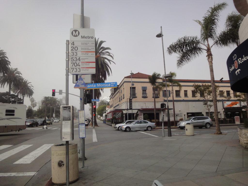 サンタモニカピアのバス停