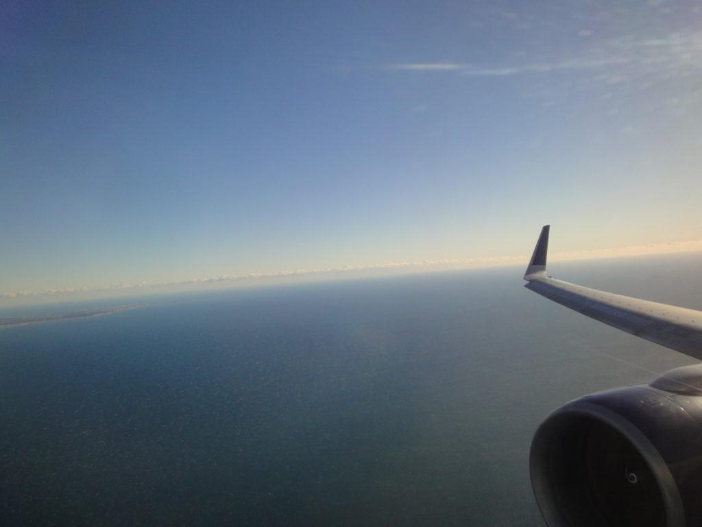 デルタ航空サイパン便の窓からの景色
