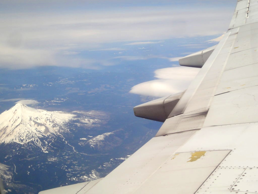 ポートランドからソルトレイクシティへ行くときの機内からの風景